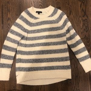 Banana republic tunic length sweater